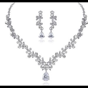 Rhodium Plated Crystal Necklace Set